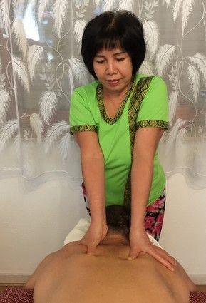 Extreme tattoos und piercings bei frauen